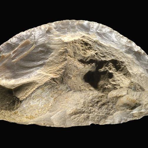 racloir-outil-taille-préhistorique-silex