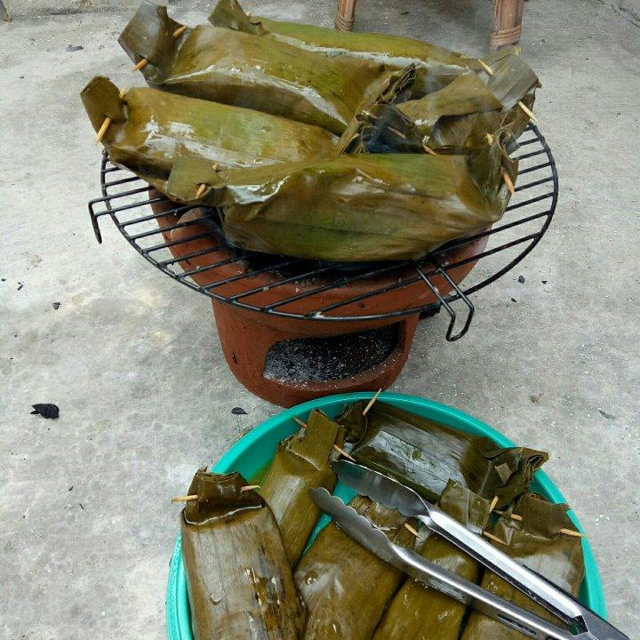 Pepes ikan, spécialités indonésiennes de poisson au barbecue © ulianwarblog