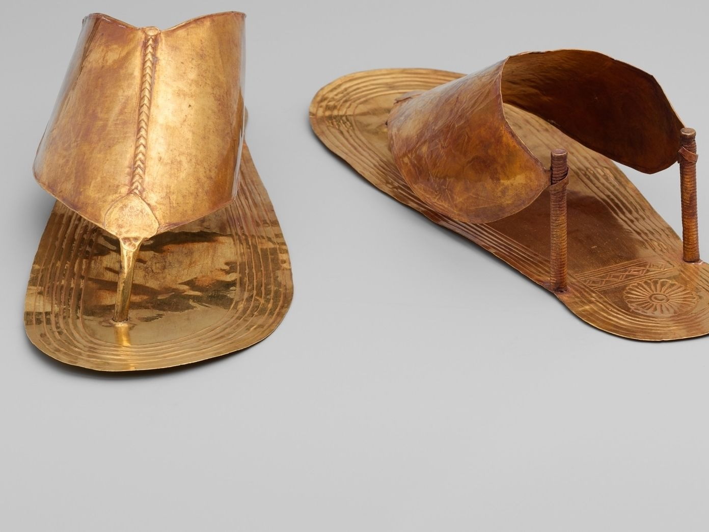 sandale-egypte-histoire-or