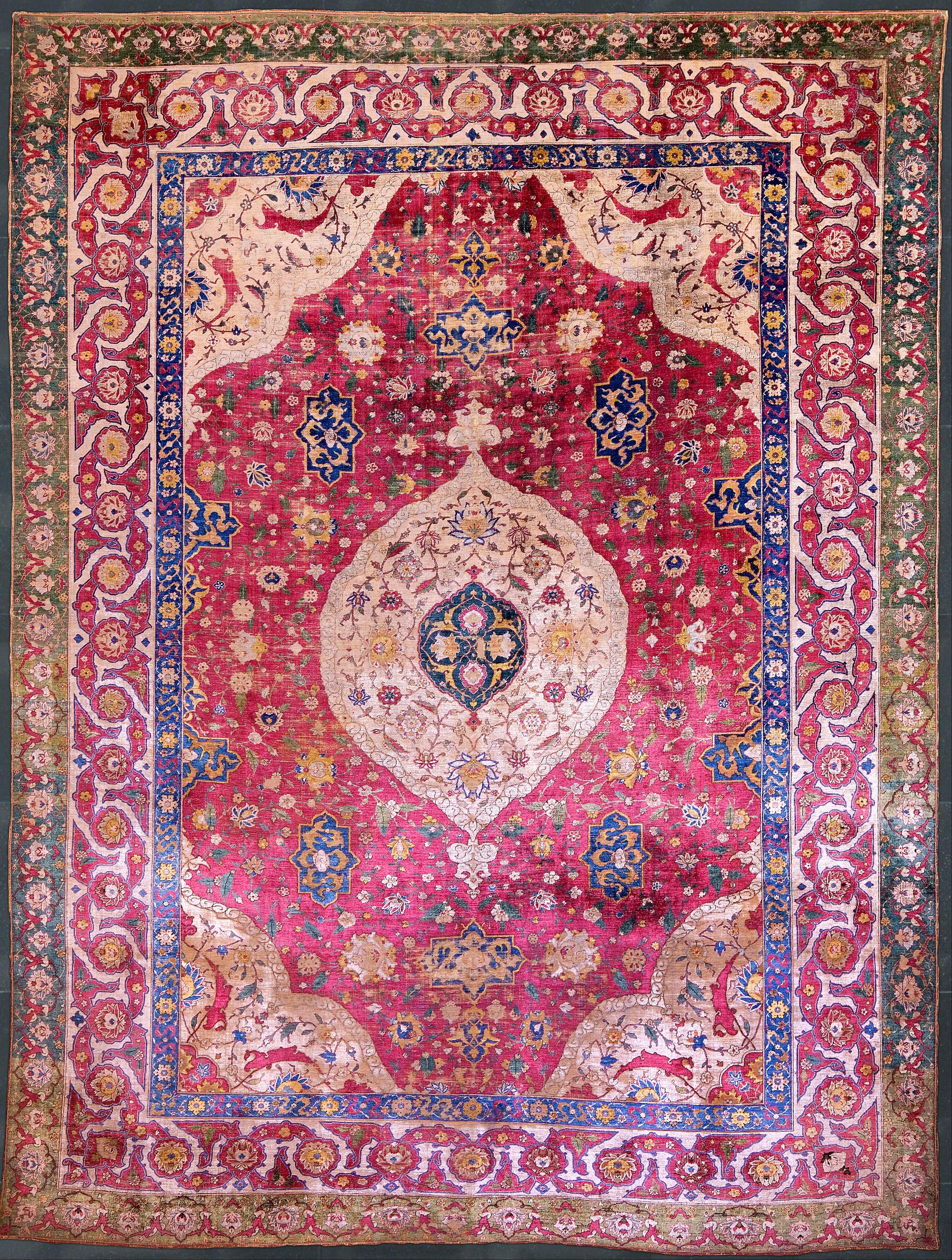 Tapis de soie à petit médaillon Rotschild, Iran, 1540 - 1560 © The Museum of Islamic Art, Qatar