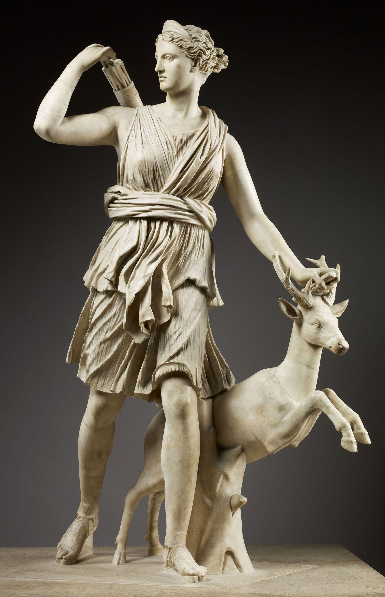 diane-artemis-versailles-mythologie-histoire-attribut